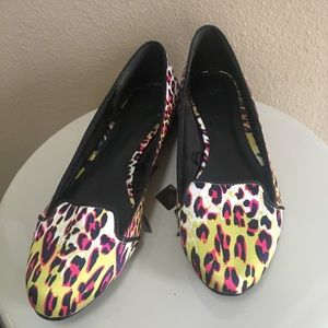 H & M animal print loafers size 6